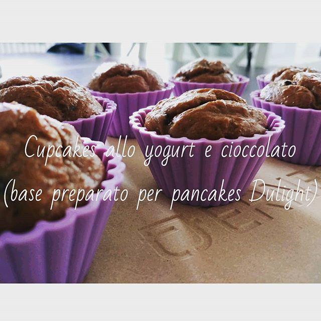 """PRONTI...PARTENZA...VIA!!!! La nuova rubrica Youtube si intitola """"Preparati Dulight"""" e vi proporrà tantissime varianti bilanciate per utilizzare i nostri prodotti!😃 Partiamo con i CUPCAKES ALLO YOGURT E CIOCCOLATO utilizzando la base per Pancakes choco brownie 😍 Vedrete come ai preparati...piace cambiare! Link: https://youtu.be/UyH-mYc9utk #preparati #dulight #tibiona #cupcakes #pancakes #dolci #ricette #video #youtube #youtubechannel #chocolate #brownie #yogurt @fage #dukan #dietadukanitalia #ddi #dueta #diet #lightfood #fitness #fitfood #sport #cibosano #costanza #weightloss #dreams #job #chef #cheflife"""
