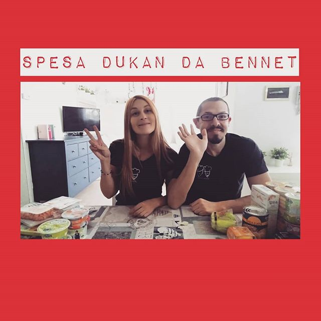 "Lunedì alle 9:00 ripartiamo anche con la sezione ""Spese Spiegate"" sul canale Youtube! Perché una buona alimentazione parte dalla spesa!🍏🍒🍅🍠 Stavolta siamo stati da BENNET... Avete altre catene da suggerirci? Voi chiedete e noi andiamo in missione!!😁😃😉 #spesespiegate #youtube #youtubechannel #video #videoricette #spesa #shopping #lightfood #spesadukan @bennet.unaspesadavivere #cibosano #dukan #diet #dieta #weightloss #foodblogger #incucina #benessere #vitasana #wellness #fitness #lezioni #teaching #alimenti #categories #protein #cucinaproteica #cucinadulight"