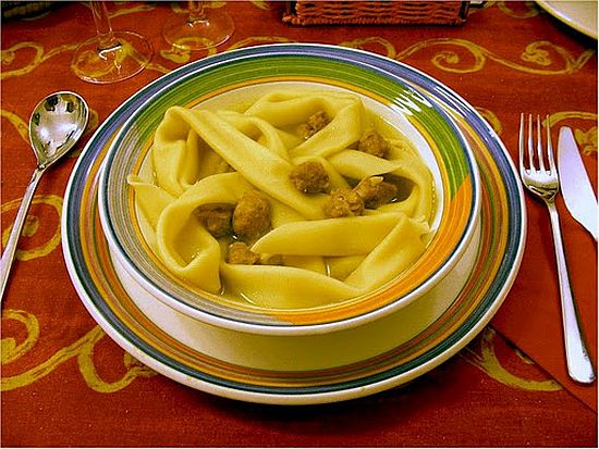 Natalin in to broddo (Maccheroni in brodo)