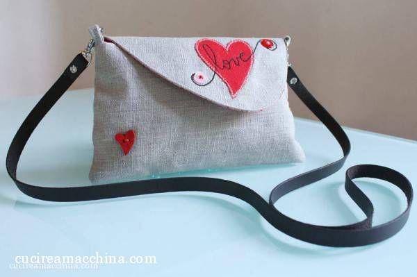 Come realizzare una borsetta a tracolla