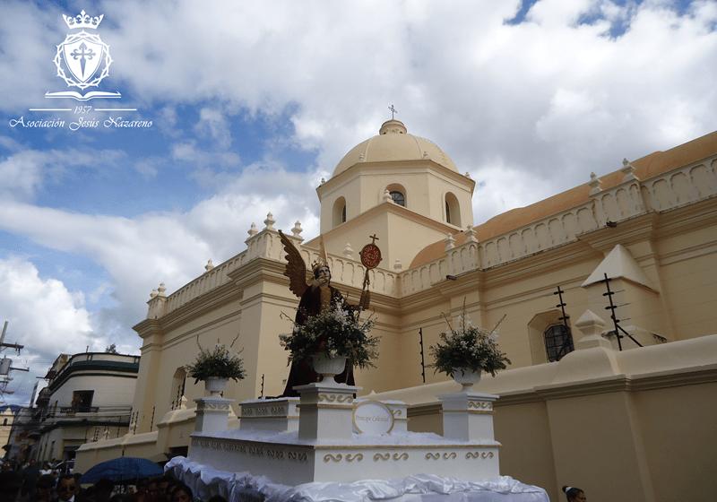 Procesión San Miguel Arcangel en Honduras