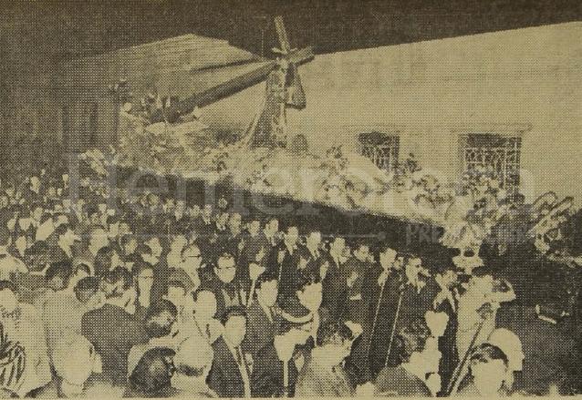 Vista de la Procesión del Silencio con Jesús de los Milagros en el año 1970. Foto Hemeroteca PL
