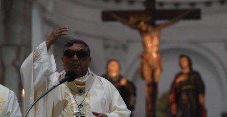 Monseñor Oscar Julio Vian