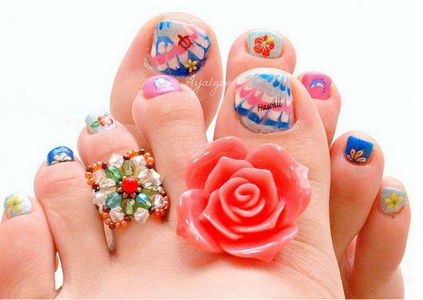 Beautiful Toe Nail Art Designs 30