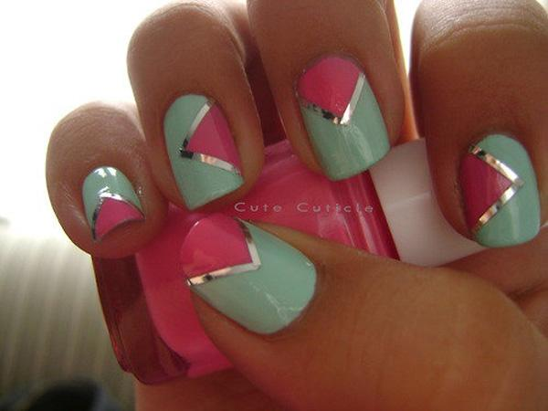 A Playful Nail Art Design Making Use Of Sea Green And Pink Color Bination Divided