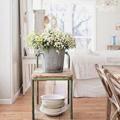Living Room Flowers Small Furniture Ideas Images 35 Vases And Art Design Get All Country Homey With This White Brown Flower Table Theme