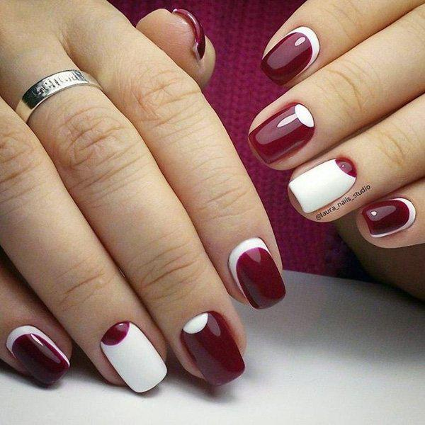 Since the Crescent moon design and the Half moon design are quite similar, why not join these two? Here's a mix of the designs on a beautiful white and maroon color combination.