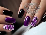 nail art purple and black