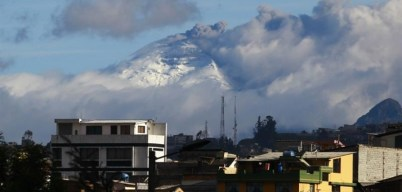 An ash plume from yesterday morning is visible at the top of Cotopaxi. A larger plume was emitted in the afternoon.