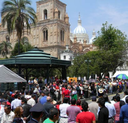 A festival day at the park, from Simon Bolivar.