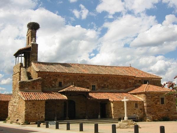 iglesia de Murias de Rechivaldo