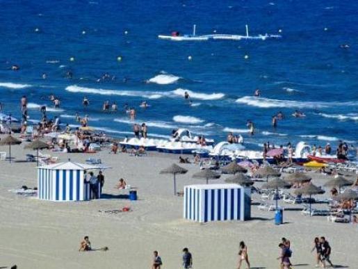 Playa, en un día de verano.