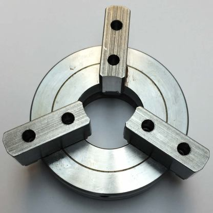 """Chuck - Self-Centering Three Jaw Deluxe Large 1.4"""" Bore Chuck-125"""