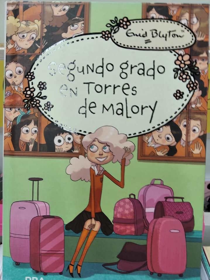 Portada de uno de los libros de la colección Torres de Malory, en concreto, Segundo grado en Torres de Malory.