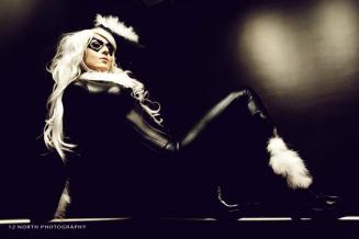 Jessica-Nigri-Black-Cat