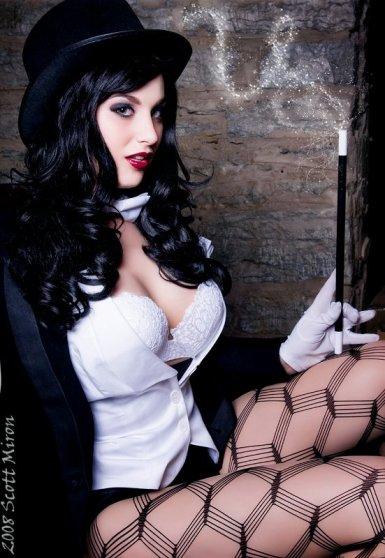 zatanna_cosplay_teaser_by_virtualgirl6654