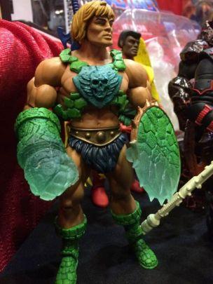 Juguetes de He-Man y los Amos del Universo He-Man con extrañas armas