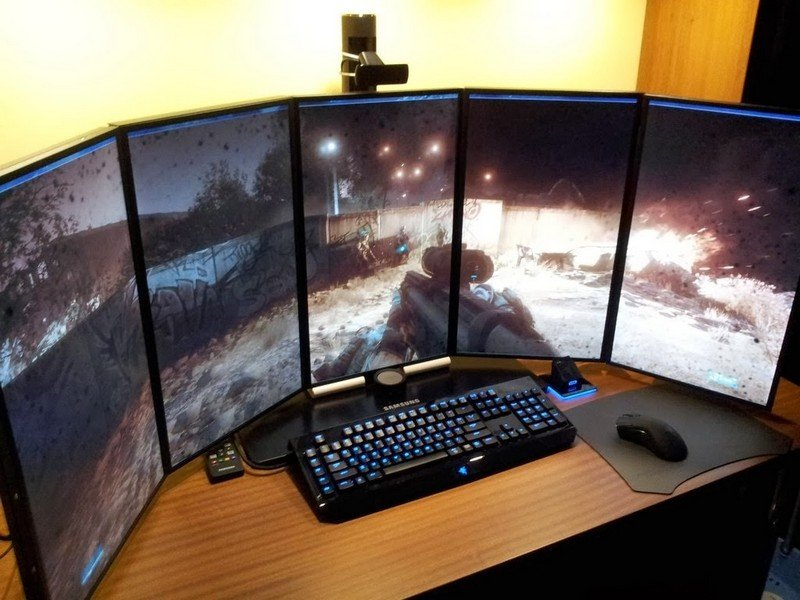 Vertical Monitor Gaming Room Setup Ideas