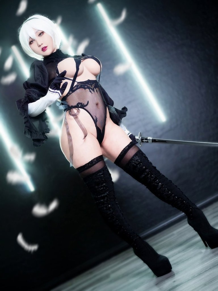 2B from Nier Automata Cosplay por RinnieRiot 1