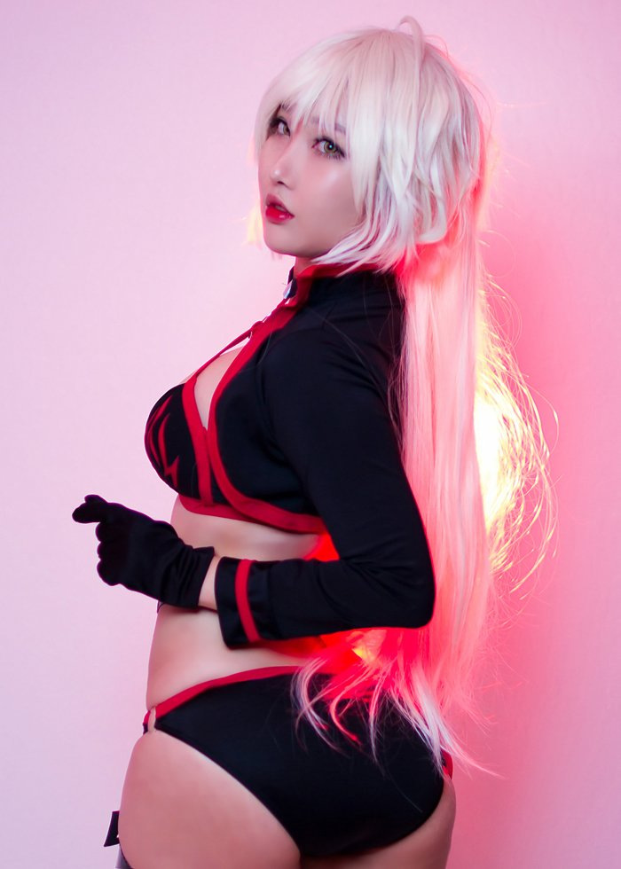 Summer Jeanne Alter Cosplay FateGO por Rinnie Riot 2
