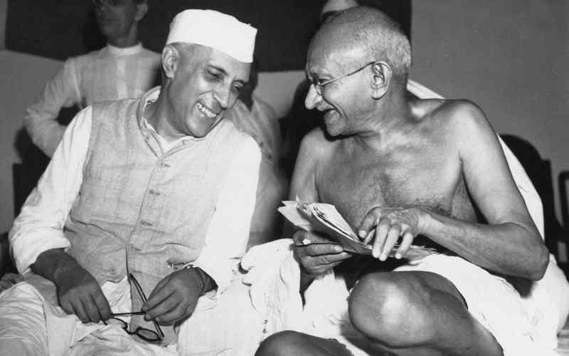 Nehru y Ghandi