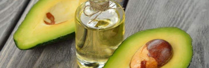 Cómo preparar aceite de aguacate casero