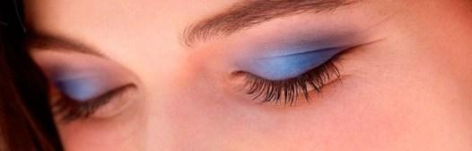 sombra de ojos azul