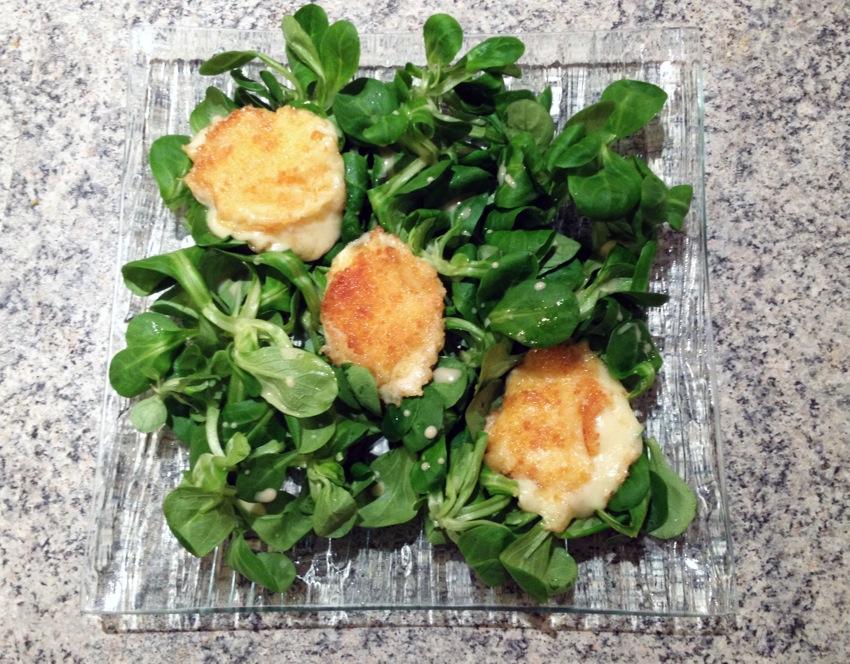 salade gourmande babybel pane 1 - Salade gourmande au Babybel pané