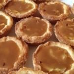 tartelettes pommes caramel 2 - Mini-tartelettes aux pommes et caramel au beurre salé