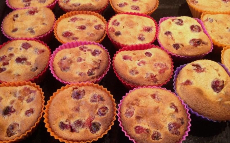 Petits clafoutis aux griottes façon muffins
