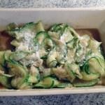 salade courgettes parmesan pignons prepa 2 - Salade de courgettes au parmesan et pignons de pin