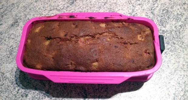 Recette de Cake framboises et rhubarbe