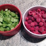 cake framboises rhubarbe prepa 1 - Cake framboises et rhubarbe