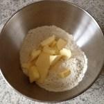 pate brisee salee prepa 1 - Pâte brisée salée (nature, aux herbes, aux épices...)