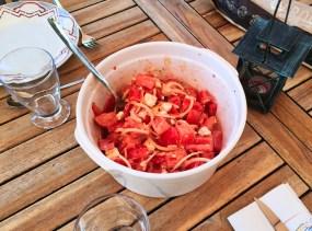 salade-tomates-oignons-feta-1