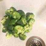 IMG 1294 - Poêlée de brocolis, poulet, tomates, oignon rouge