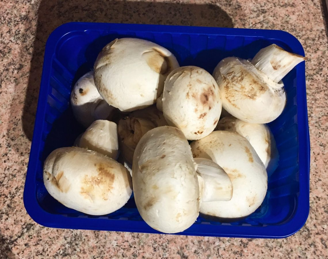 IMG 3124 - Champignons farcis (recette Companion)