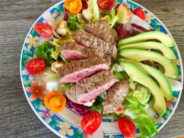 IMG 3498 - Salade boeuf, époisses, tomates et avocat