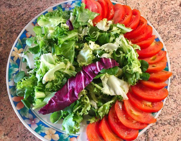 IMG 4092 - Salade poulet, bacon, tomate et artichaut
