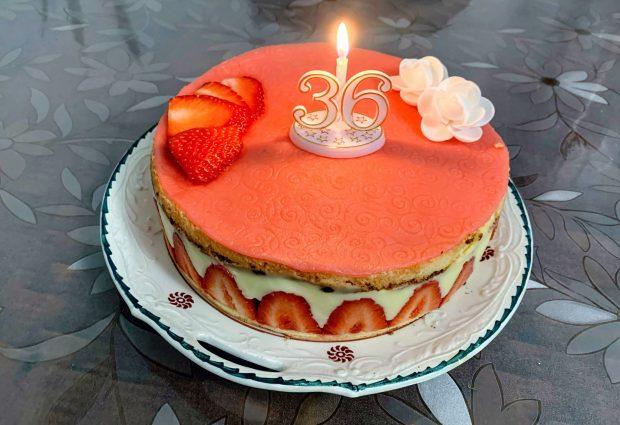 IMG 9877 scaled - Dossier : Gâteaux d'anniversaire