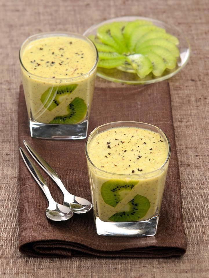 Mousse de kiwi  la vanille un petit dessert lger et agrable  servir bien frais Les recettes