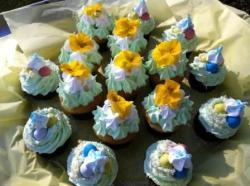 cupcake easter meringue frosting