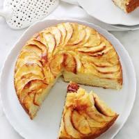 Gâteau au yaourt aux pommes moelleux, recette facile