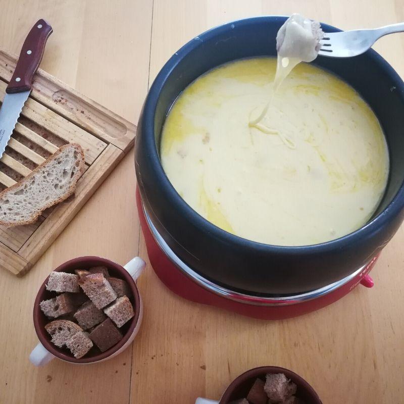 Réchauffe-toi le corps avec la fondue Savoyarde