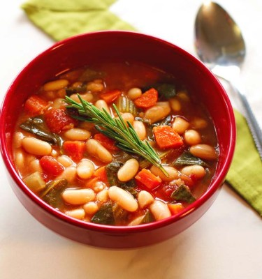 Hearty Tuscan Bean Soup