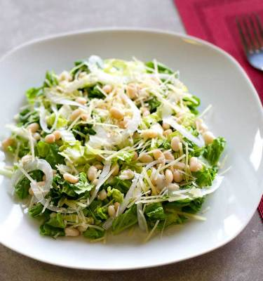Caesar salad with white beans