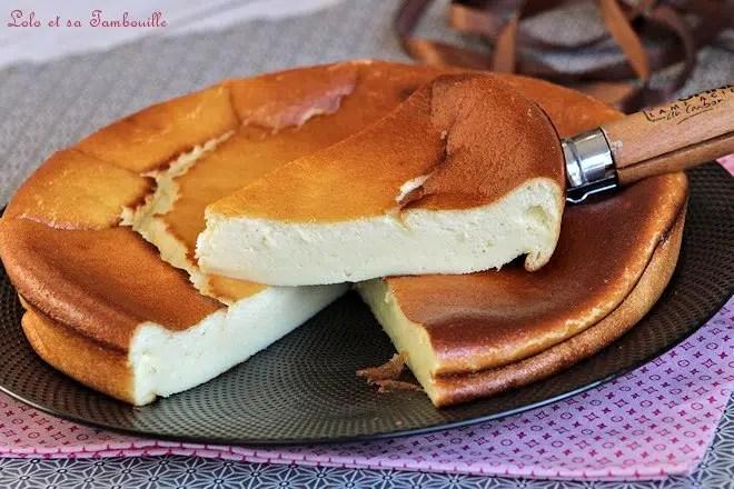 part de gâteau au fromage blanc par lolo et sa tambouille, recette facile de gâteau au fromage blanc