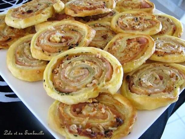 Spirales feuilletées au jambon, savora, pignons de pin & basilic