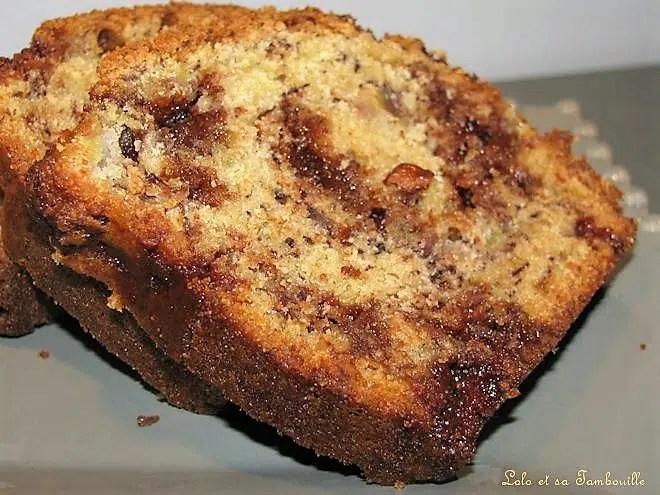 Cake à la banane, amandes & toblérone