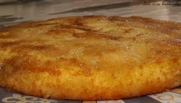 Gâteau renversé aux pommes & sauce carambars